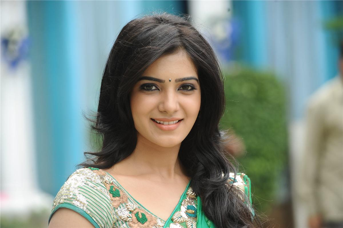 samantha-in-saree-wallpaper